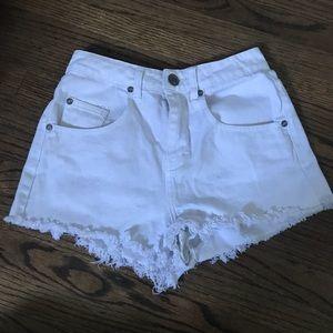 Cotton On White Shorts Size US 4